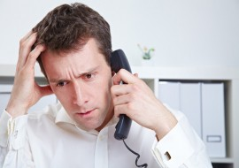 Имеют ли право банки звонить знакомым должника